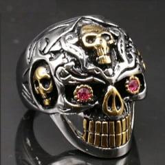 Anel masculino caveira prata e dourado em aço inoxidável com pedra zircônia