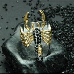 Anel masculino escorpião confeccionado em titânio joia para a vida toda