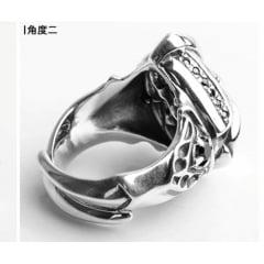 Anel masculino artesanal garras em prata esterlina 925 com pedra natural.