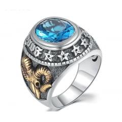 Luxuoso anel em prata 925 com detalhes em ouro e pedra azul