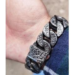 Lindo bracelete nórdico em aço inoxidável certeza de uma presença marcante