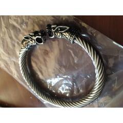 Bracelete vikings em aço inoxidável 316L alta qualidade não enferruja e nunca perde a cor .