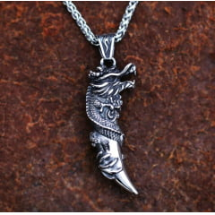 Colar pingente dragão uma linda joia em aço inoxidável 316L